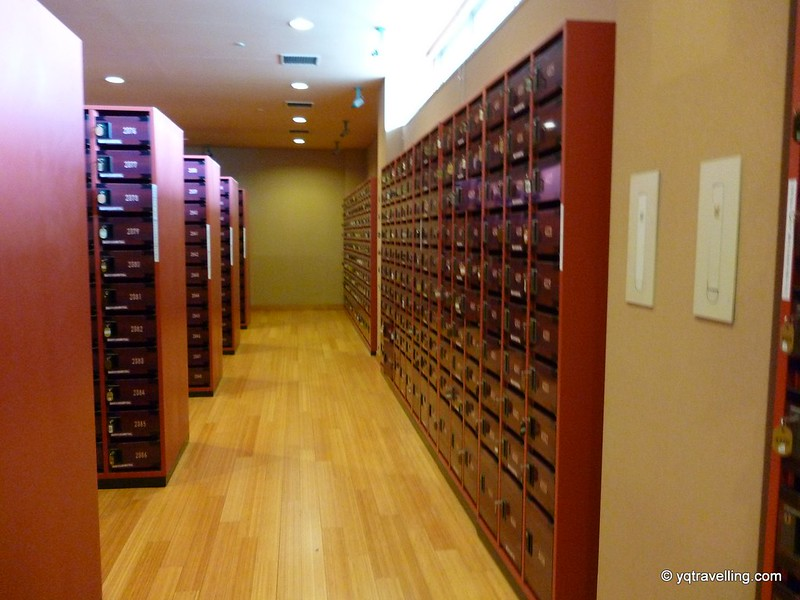 Shoe lockers