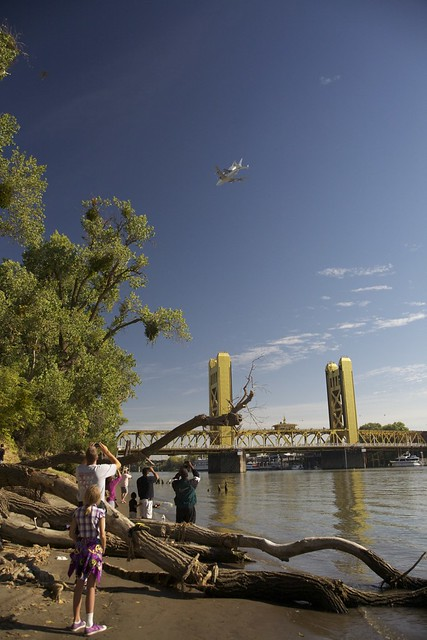Endeavour and the Sacramento Bridge