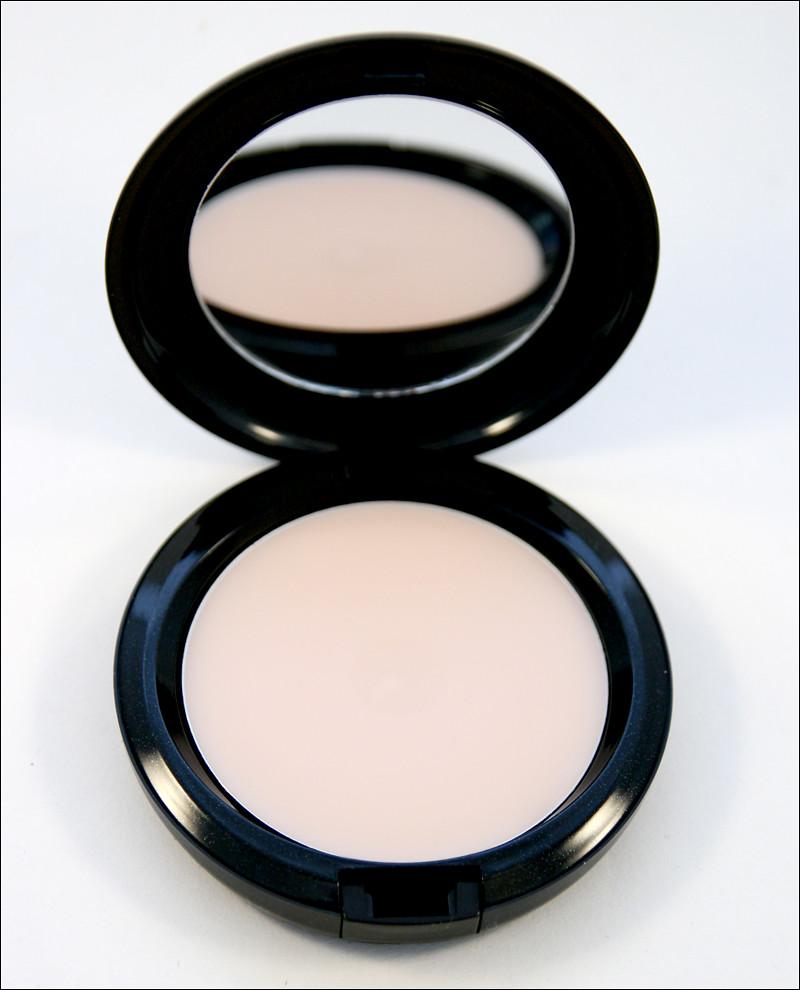 mac prep + prime skin smoother1