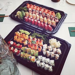 #sushi #yummmm #verygood #söinkaiken #eivais #skål #sushibar