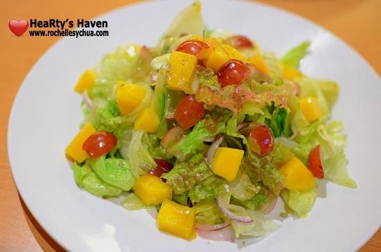 Clucky's Salad
