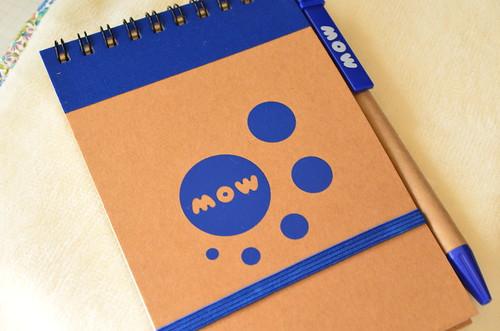 MOW メモ帳とボールペン 表