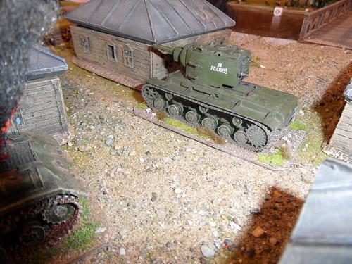 KV-2 takes aim.JPG