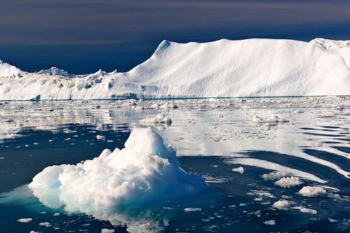Icebergs: Photographing the Ice Giants
