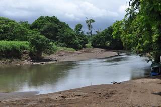 Embarcadero junto al río. Tortuguero - 7950140626 d1d2bc5398 n - Tortuguero, entre la tranquilidad y la vida salvaje