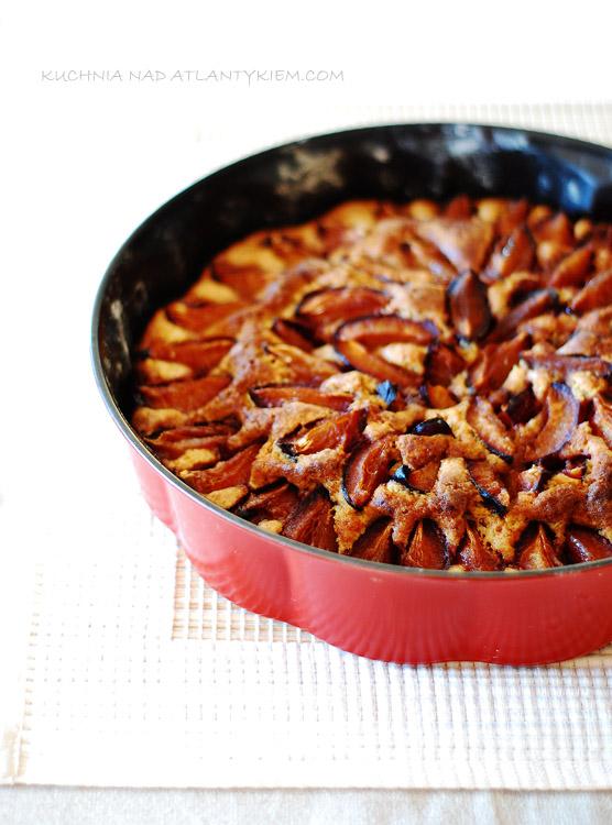 Plum hazelnut cake