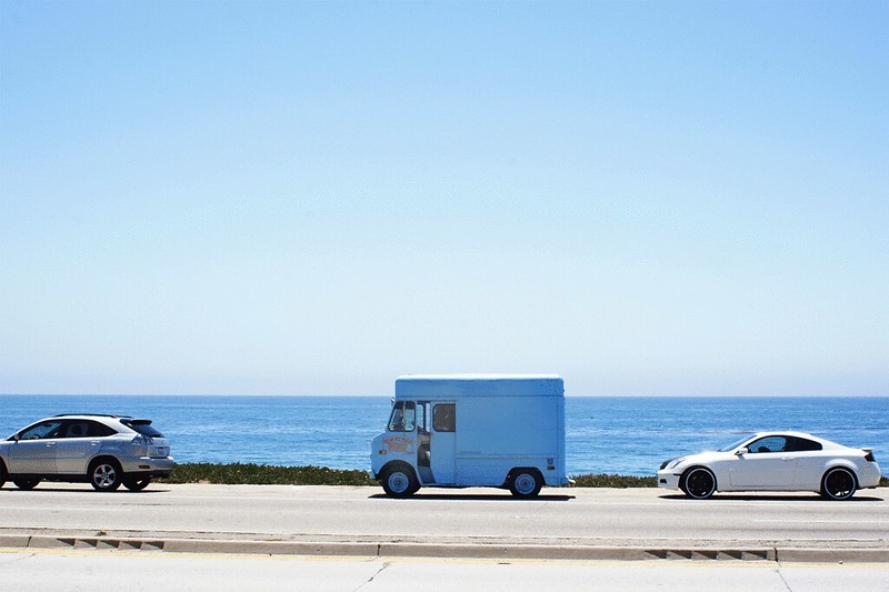 IceCreamTruck_seaside