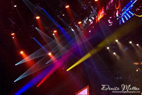 Opry lights