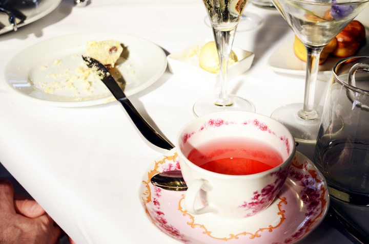 societea pink tea