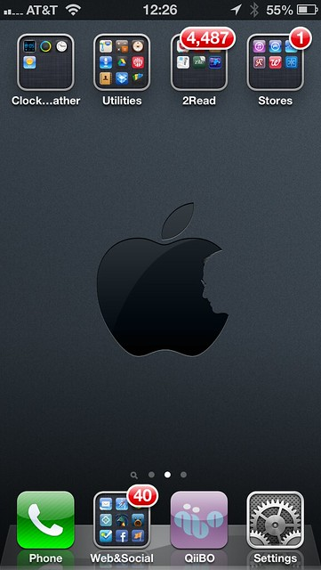 iPhone 5 — Home Screen