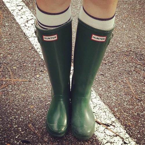 It actually fells like Fall today :) #hunterboots #kneesocks