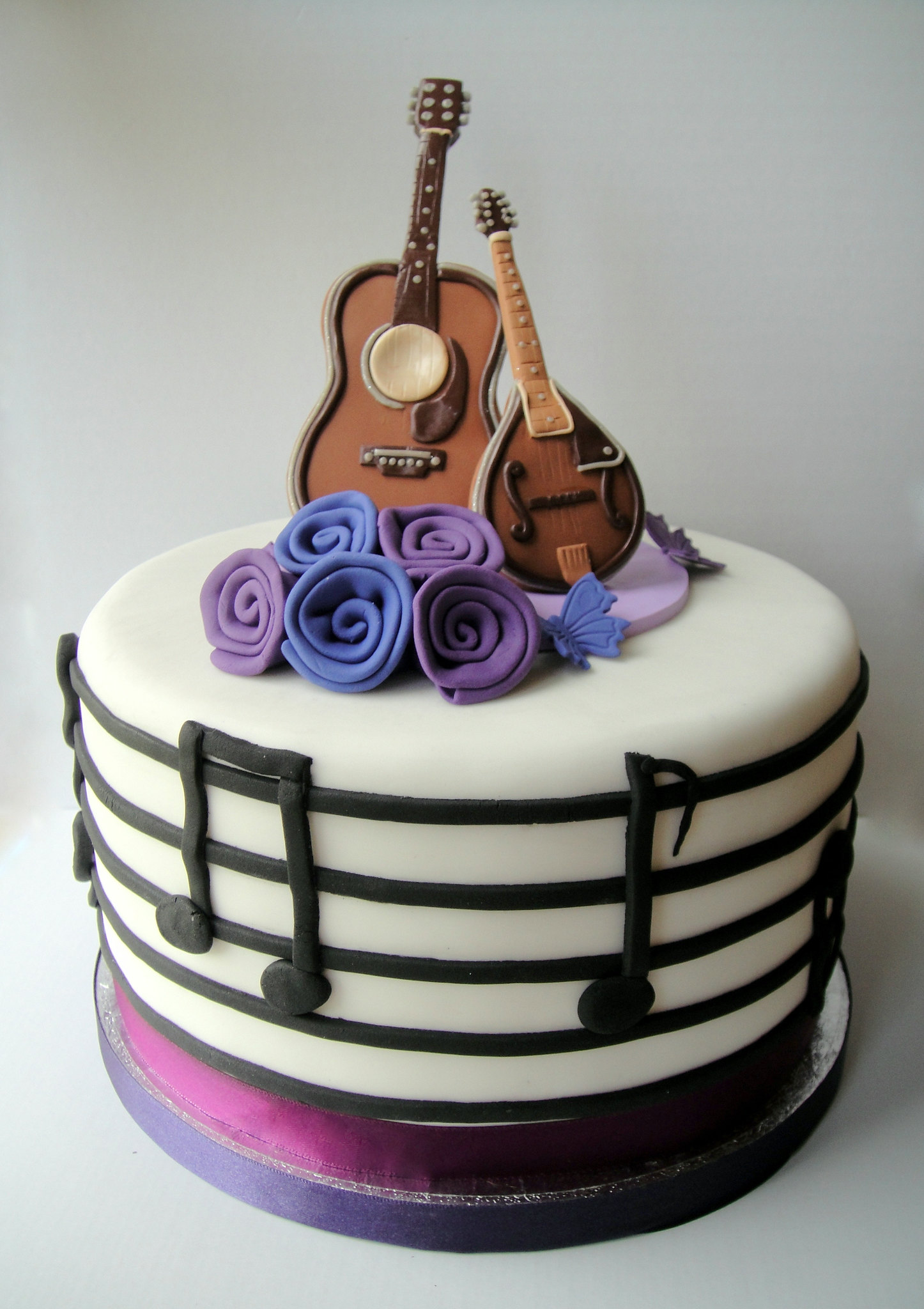 Rock and Roll Wedding cake
