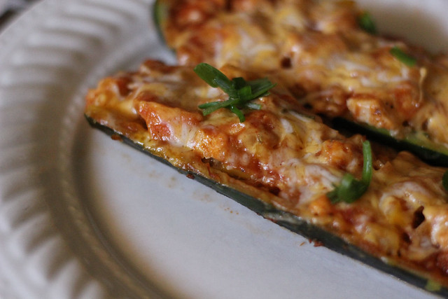 Full Bellies, Happy Kids: Chicken Enchilada Stuffed Zucchini Boats