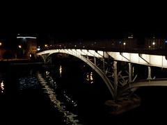 Illumination de la Passerelle Saucy sur la Meuse