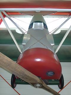 Front: Fokker DR 1