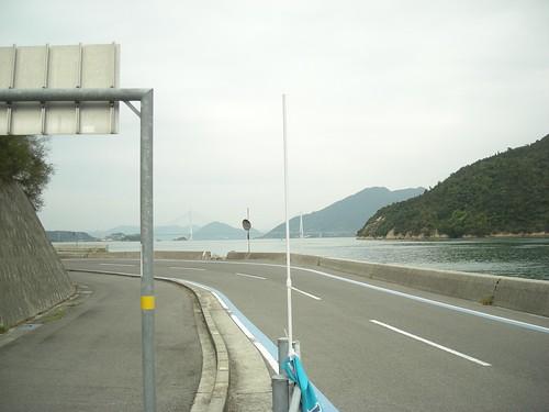 大三島から多々羅大橋を見る