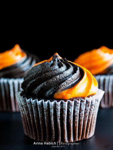 halloween cupcakes flickr photo sharing
