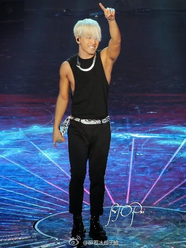 Taeyang-YoungChoiceAwards2014-Beijing-20141210_HQs-20