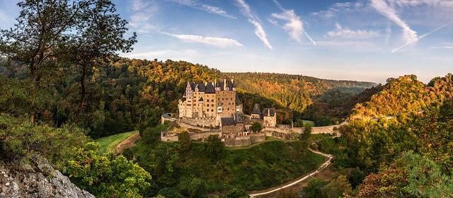 *Burg Eltz Panorama*