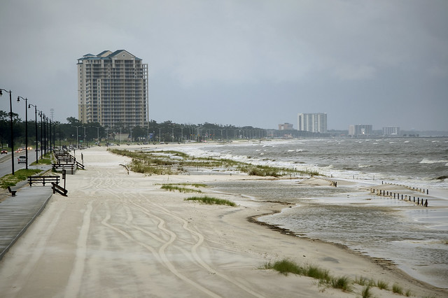 Gulfport (MS) United States  city images : Storm conditions worsen in Gulfport, Miss. by Official U.S. Navy ...