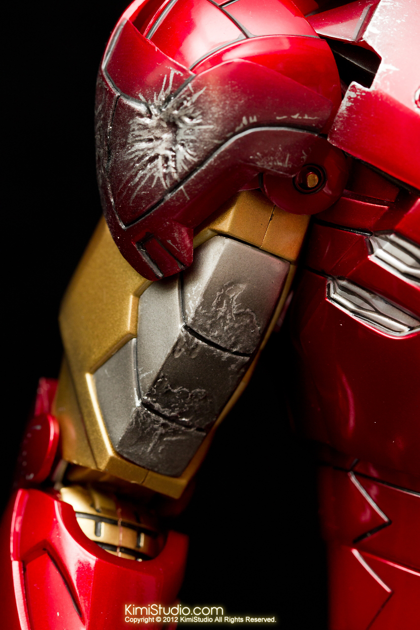 2012.09.01 Hot Toys Iron Man Mark VI-041
