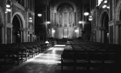 [Free Images] Architecture, Religious Buildings, Churchs / Catedrals, Christianity, Indoor Space, Black and White ID:201209110400