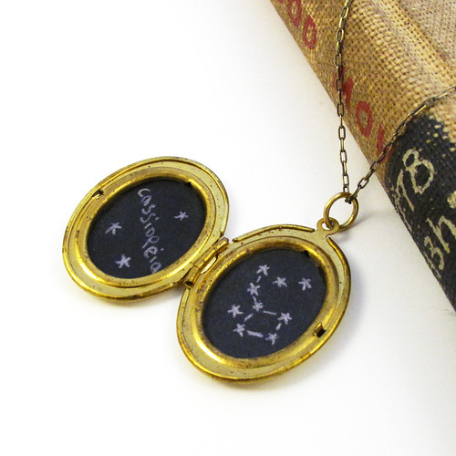Cassiopeia Constellation Drawing in a Vintage Gold Locket 3