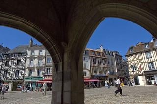 Poitiers.