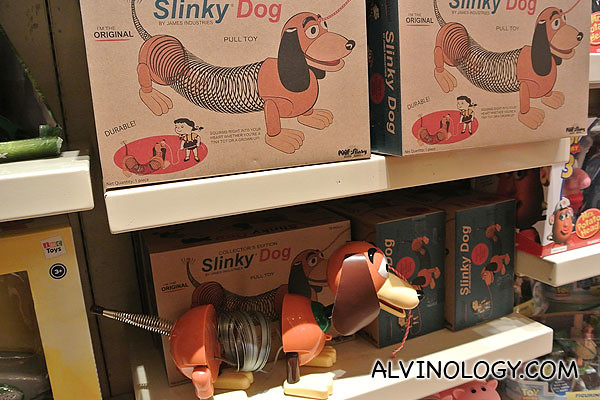 The original slinky dog!