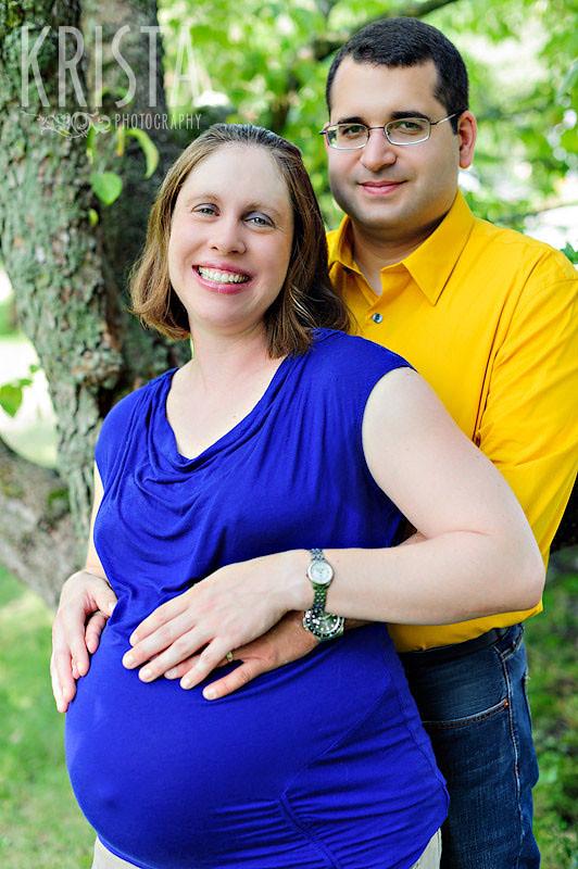 Lake Quannapowitt Maternity Shoot