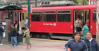 San Diego trolley (courtesy of JoeInSouthernCA, via NRDC report)