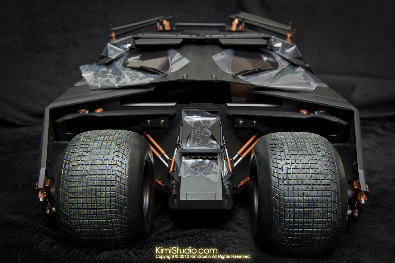 2012.09.22 MMS69 Hot Toys Batmobile-016