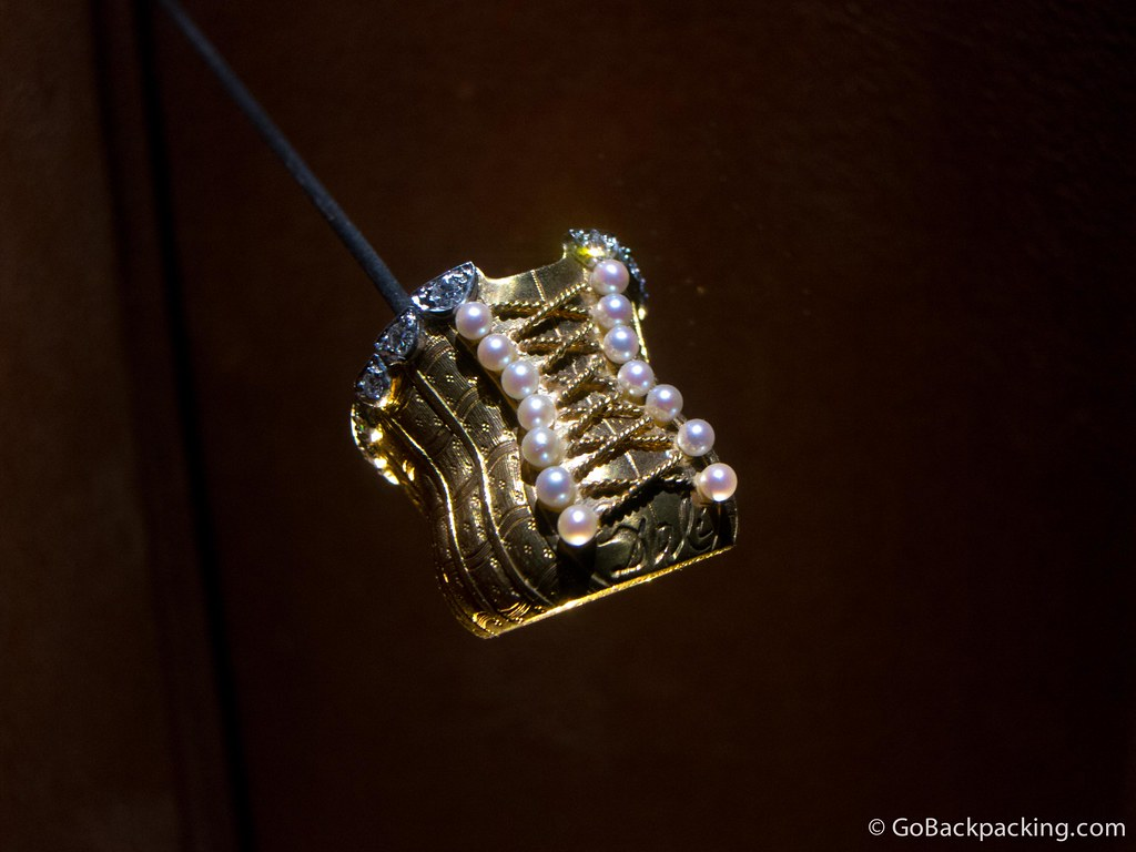 A gold ring in the shape of a corset, designed by Dalí