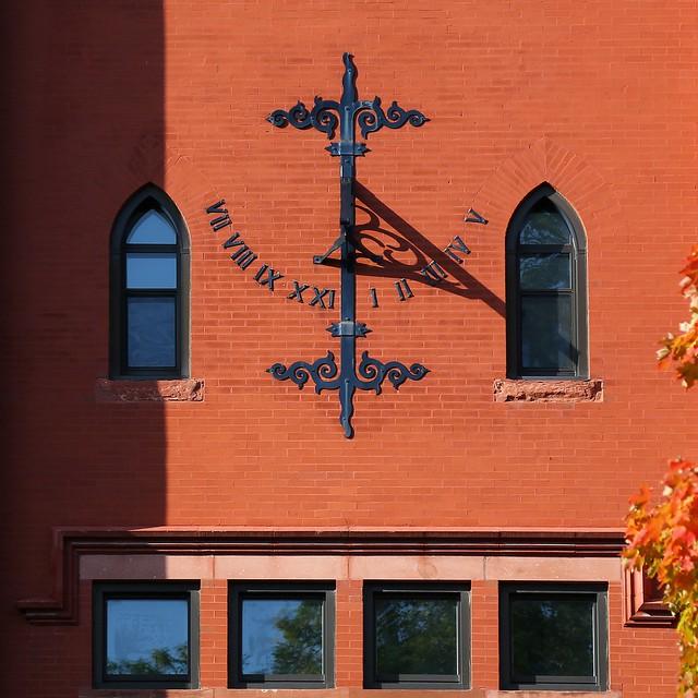 Solar Clock UWM Merrill Hall