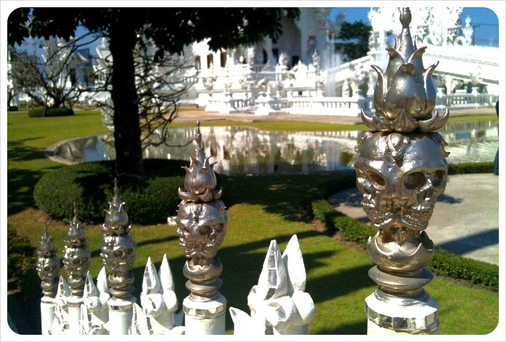 white temple skulls chiang rai