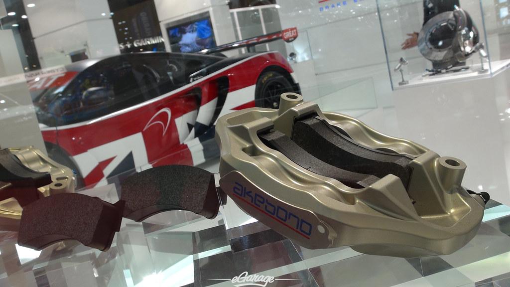 8034739206 25fe10da9b b eGarage Paris Motor Show McLaren race car
