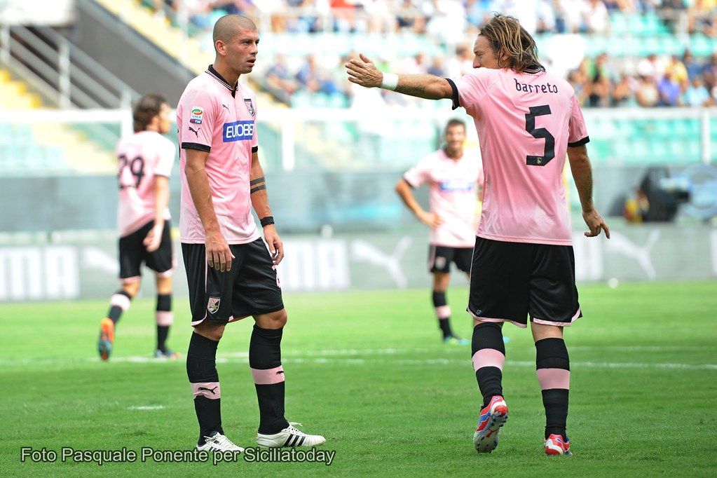 Calcio, Palermo da profondo rosso$