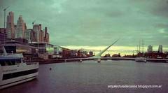 Dique 3 de Puerto Madero, Puente de la Mujer.