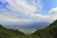 硬漢嶺登山步道