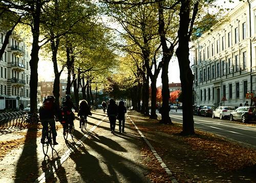 Vasagatan och cyklister by Elmar Eye