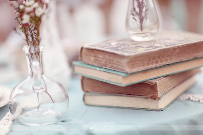 Unique Ideas for a Wedding Guest Book 1