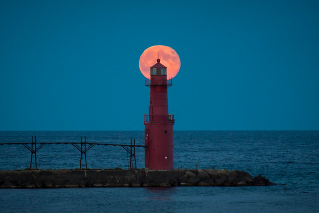 Full Moon, Lighthouse, Moonrise, Algoma, WI, Door County, Pier Light, Night View