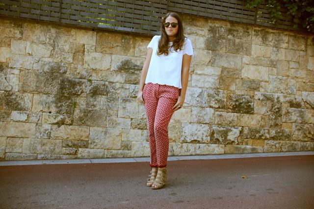 Look + inspiración + pantalones estampados