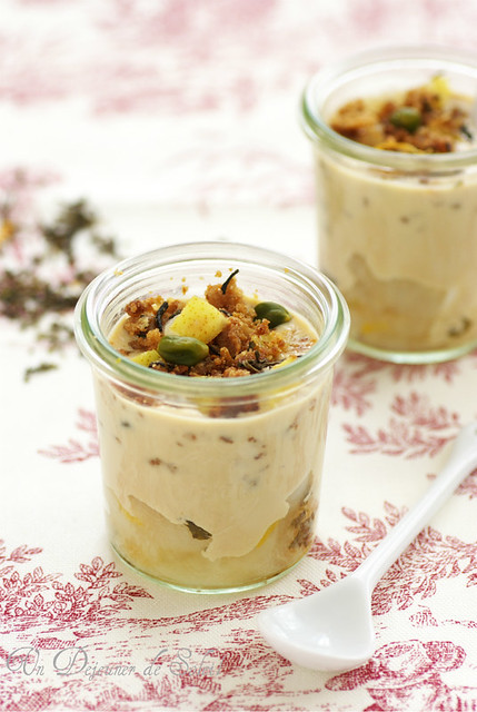 Verrine poire, crème au thé et crumble
