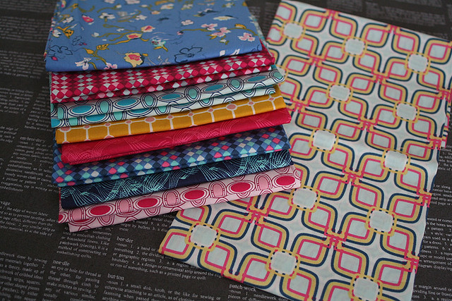 Curves mini quilt fabric