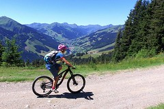 "Bike SNOW tour: Saalbach Hinterglemm – víte, co je ""lässig""? (1. část)"