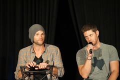 SPN_Dallas_2016_Jared_and_Jensen_main_panel_188
