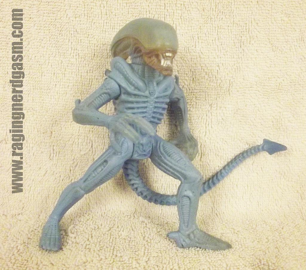 Alien Drone KB Toys Exclusive001