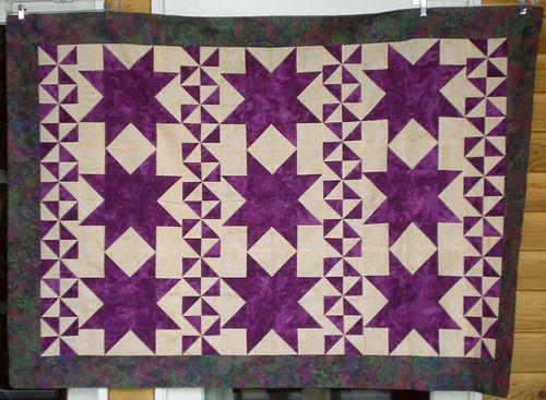 Wanda 43x63 batik sawtooth star top