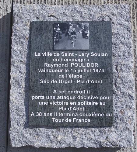 Poulidor monument
